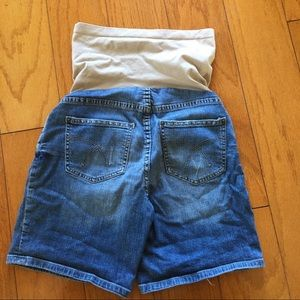 A Pea in the Pod Shorts - Maternity Women Jean denim shorts small stretchy
